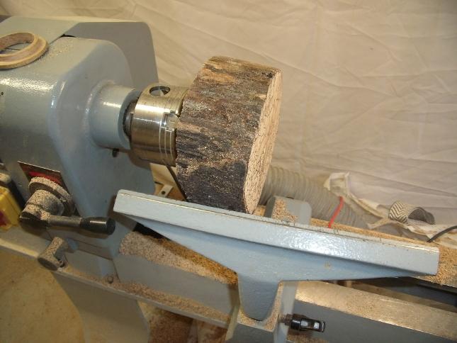 comment fabriquer une bonbonni re en tournage sur bois. Black Bedroom Furniture Sets. Home Design Ideas