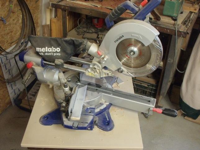 Machine couper le bois table de cuisine - Machine couper bois chauffage ...