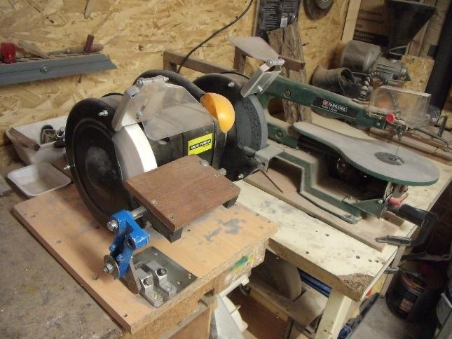 comment quiper son atelier pour le tournage sur bois. Black Bedroom Furniture Sets. Home Design Ideas
