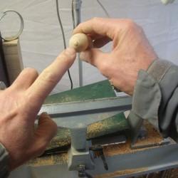 La partie « bois » du tire bouchon est terminée, il faut y ajouter les accessoires